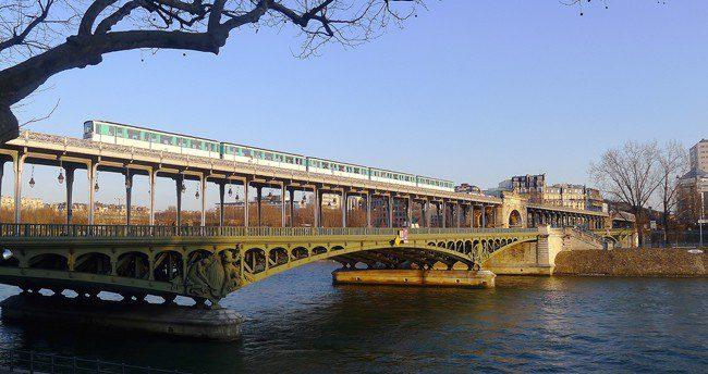 Pont_de_Bir_Hakeim