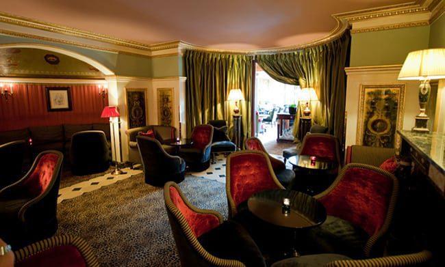 lounge-hotel