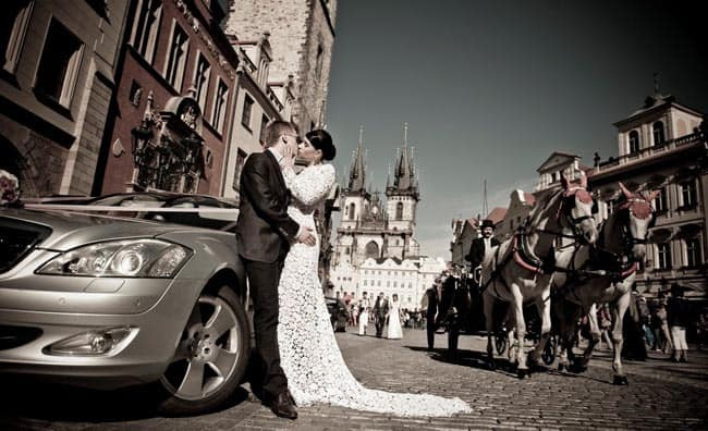 old-town-prague-wedding