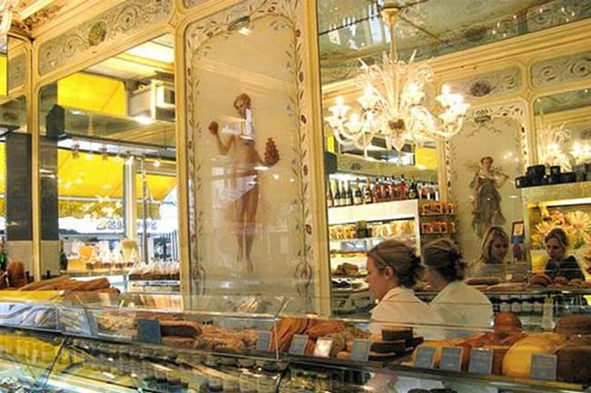 Best shops in Montorgueil Street in Paris
