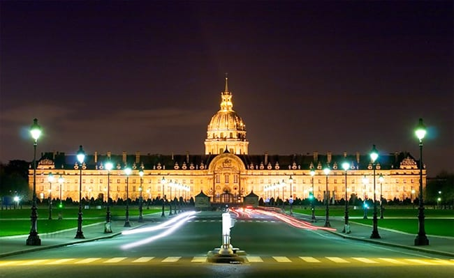 Invalides Night