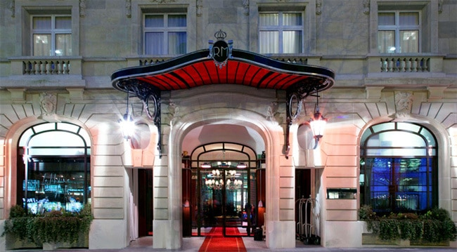 Located In The Heart Of 8th Arrondissement 37 Avenue Hoche Royal Monceau Hotel Is Also One Most Famous 5 Stars Hotels Paris