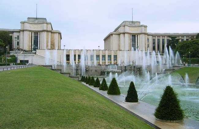 Things to do between the Arc of Triumph and the Eiffel Tower navy_museum
