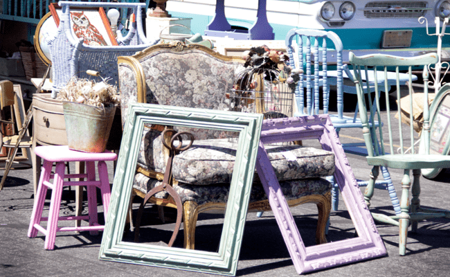 Top 5 reasons to visit the Paris Flea Market