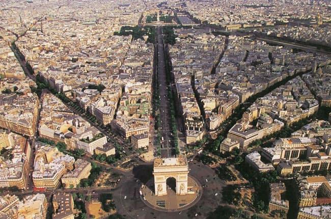 Right bank Vs left bank: choose your favorite Paris!