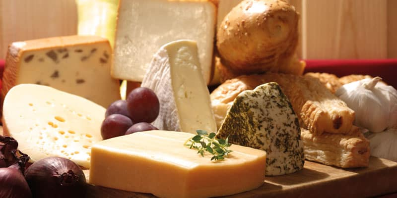 where to buy cheese in paris the best places to buy cheese in paris