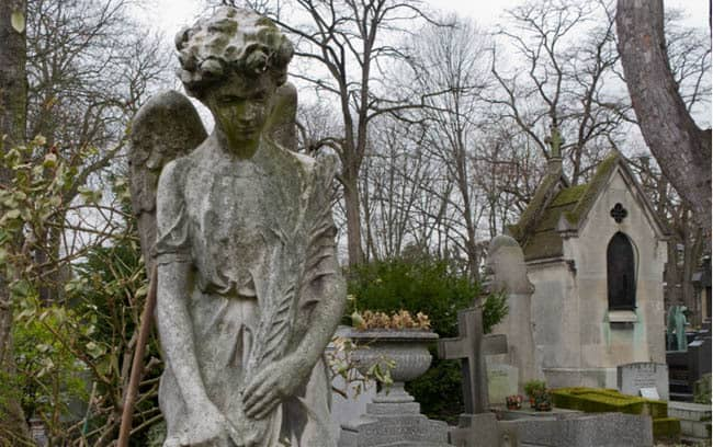 Things to do near Pere Lachaise cemetery
