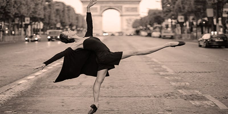 dancing-in-Paris