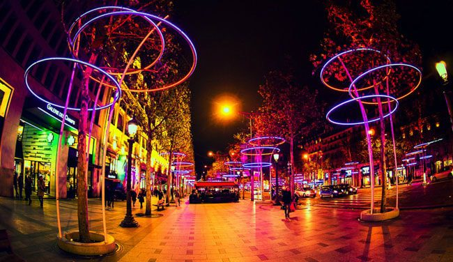 champs-elysees-lights