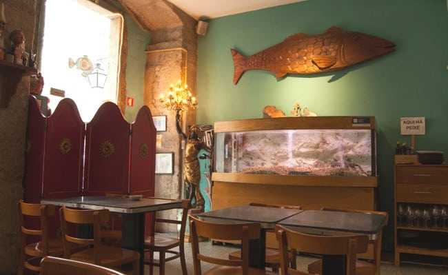 In Chiado You Ll Find Our Second Suggestion On Top 5 Fish Restaurants Lisbon Aqui Há Peixe Literal Translation We Have Here