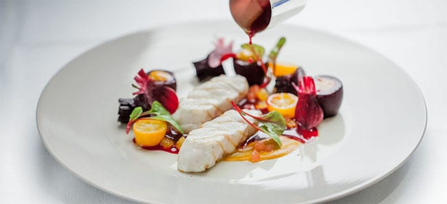 How to find award-winning restaurants in Paris plaza-athenee