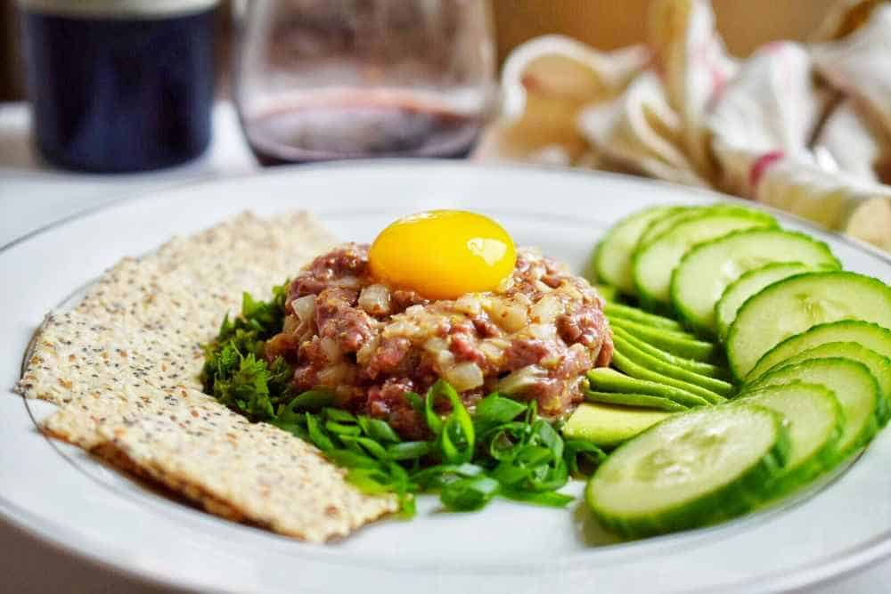 Steak tartare à Paris