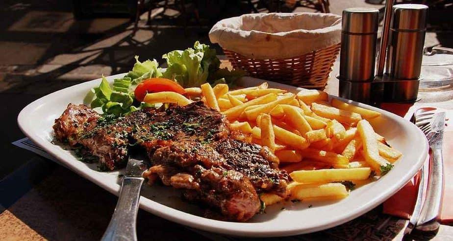 Food you find in Paris - fries
