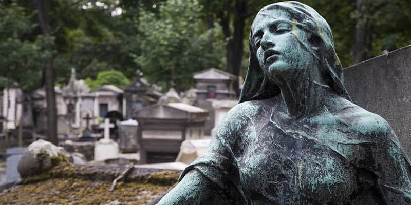 Secrets of Parisian cemeteries