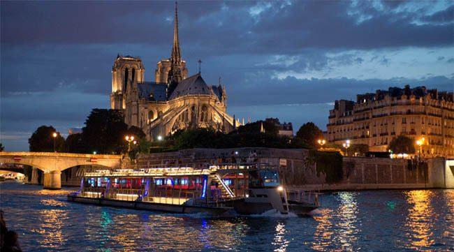 boat cruise at night