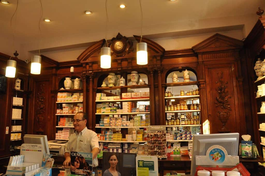everythingyouneedtoknowaboutparisianpharmacies4