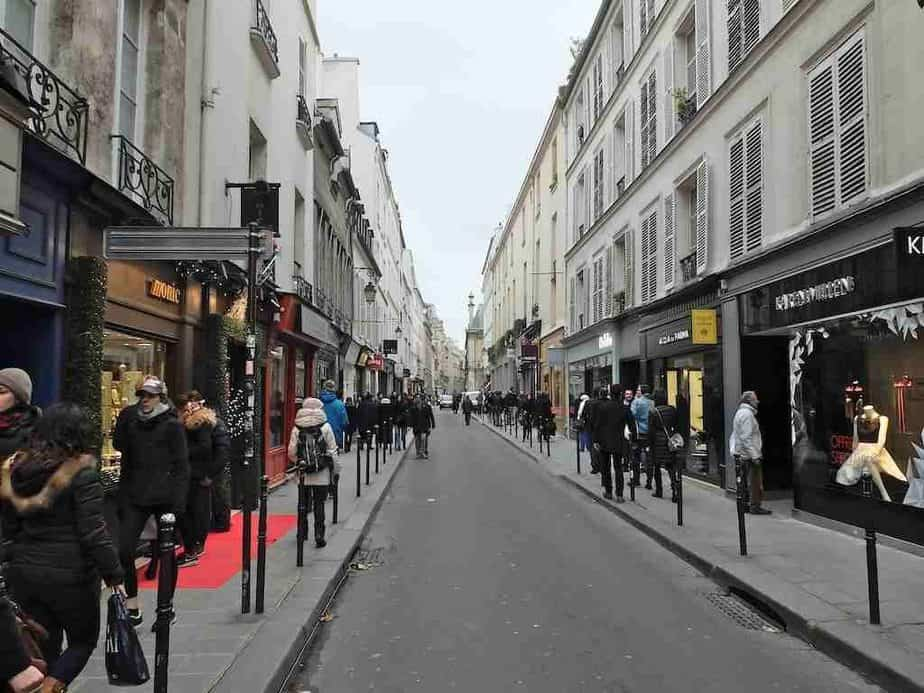 Walk in the Marais Paris