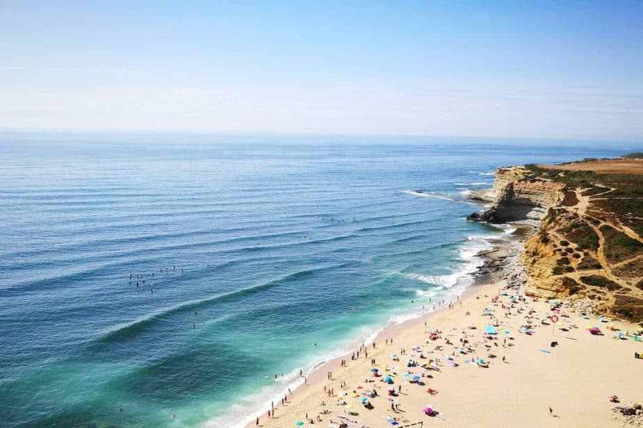 8 amazing surfing spots in Portugal 2