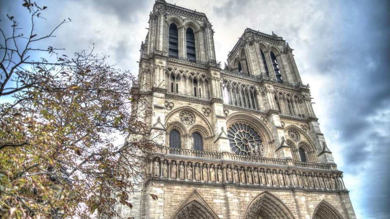 10 facts about Notre-Dame Cathedral - Discover Walks Blog