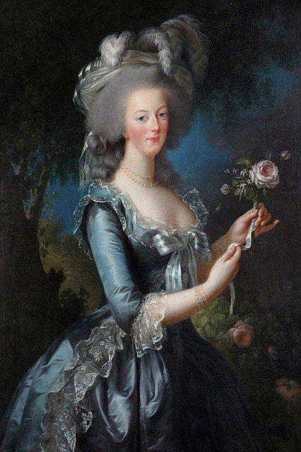 Marie Antoinette by Élisabeth Vigée, Versailles