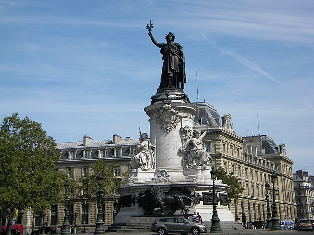 Place de la Republique, Monument for Gloire de la Republique Francaise