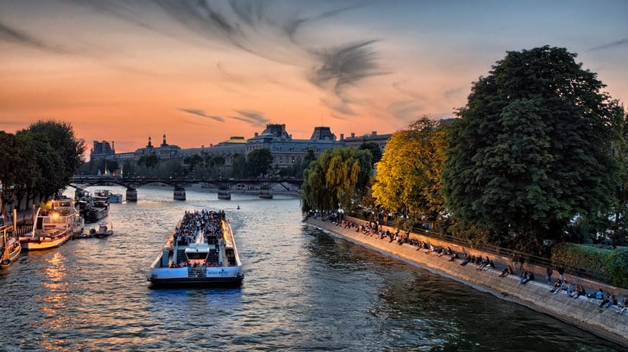 Boat Tours Paris