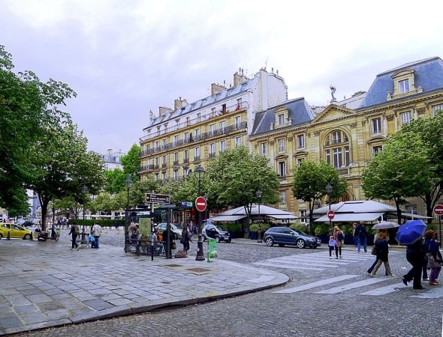 Paris VI Place Saint-Germain-des-prés