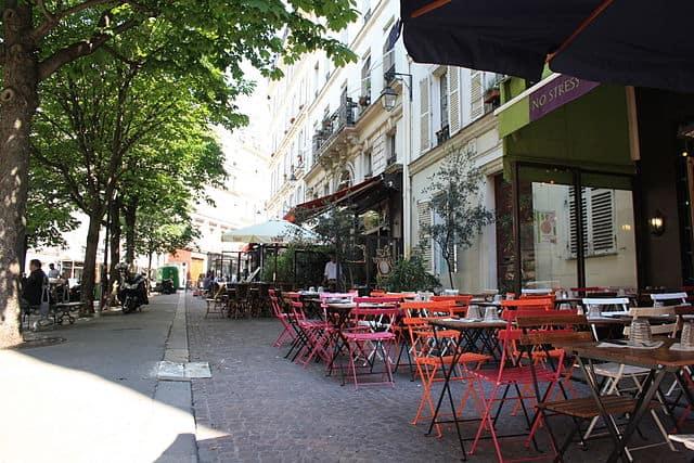Place Gustave Toudouze, Pigalle
