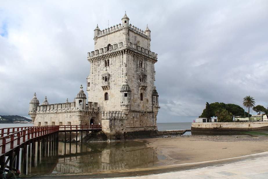 A quick guide to Lisbon's architecture 4
