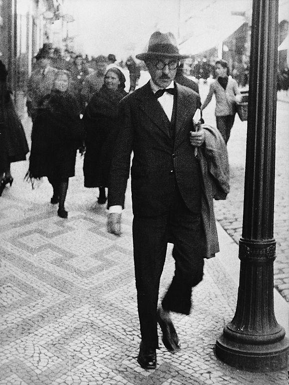 Pessoa in Lisbon