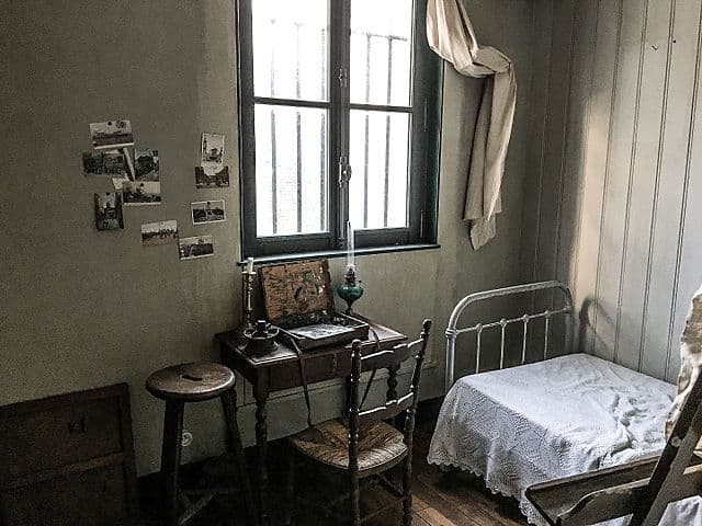 Room inside Suzanne Valadon & Maurice Utrillo's atelie