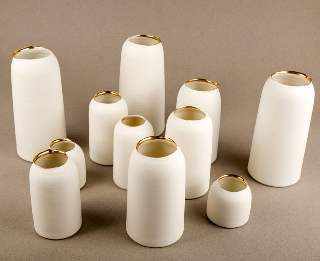 Porcelain vases as seen on l'Atelier Singulier's eShop