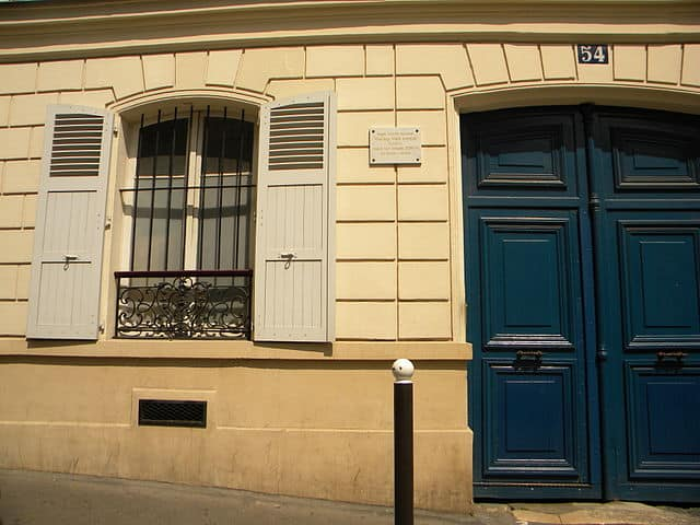 Van Gogh's apartment at 54 rue Lepic Montmartre