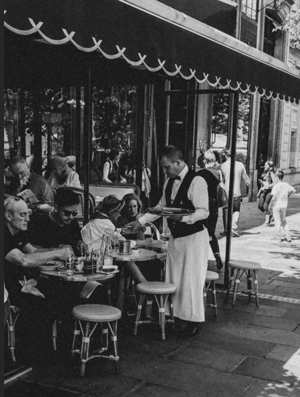 A Parisian's Guide to French Restaurant Etiquette - Discover