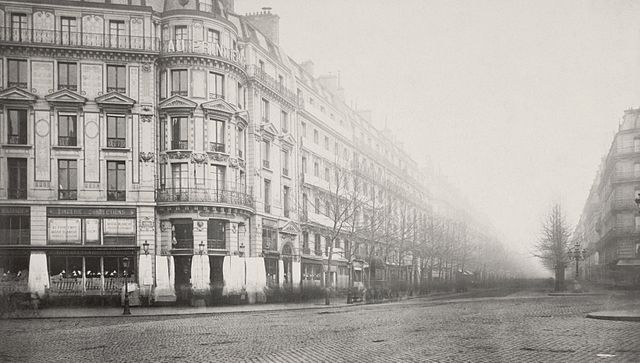 Boulevard Haussmann, Paris, France.