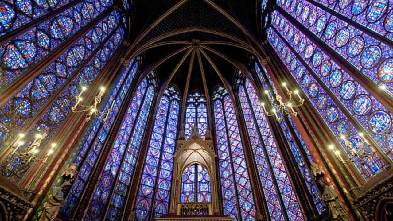 10 Reasons To Visit The Sainte Chapelle In Paris Discover Walks Blog
