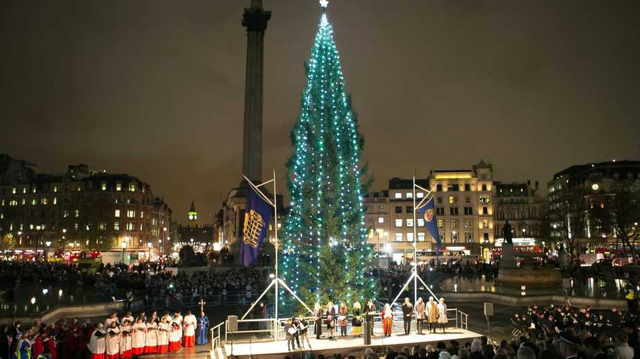 Christmas Carols in Trafalgar Square