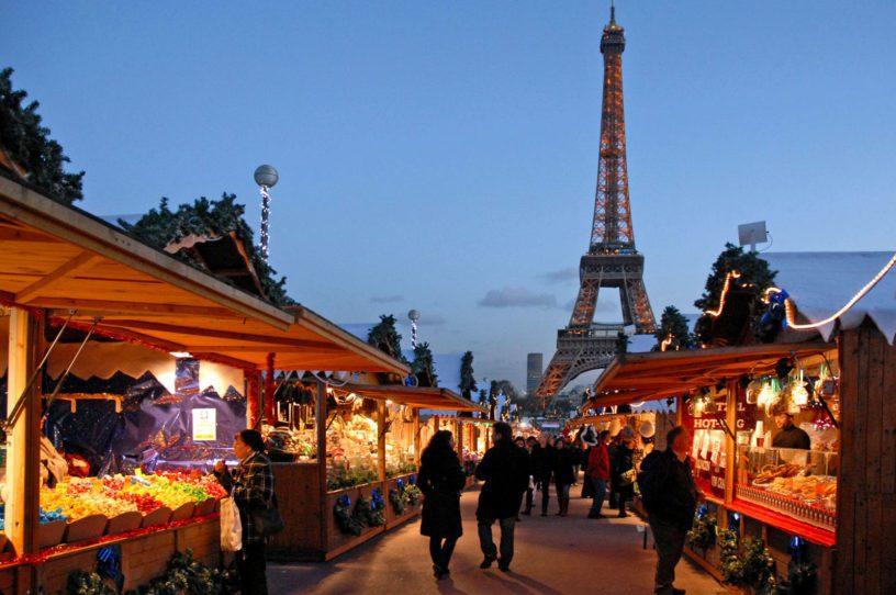 Hasil gambar untuk christmas market paris