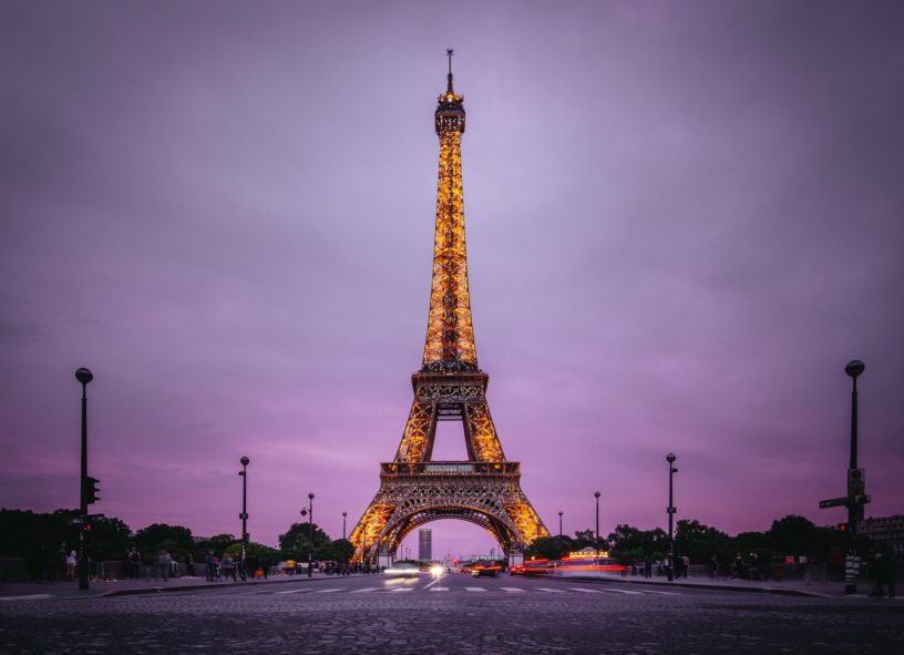 8 Tips For Visiting The Eiffel Tower At Night Discover Walks Blog