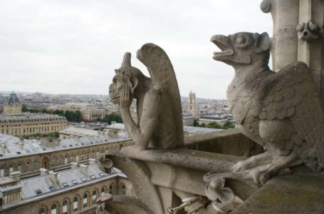 Discover walks private tour of Notre Dame