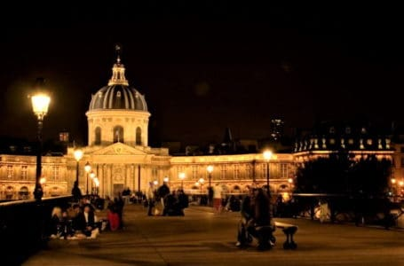 Night Tour Paris in Winter