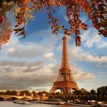 discover walks paris