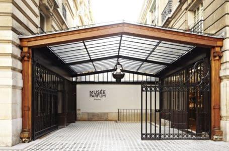 Parfume museum tour paris