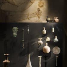 Parfume museum tour paris bottle
