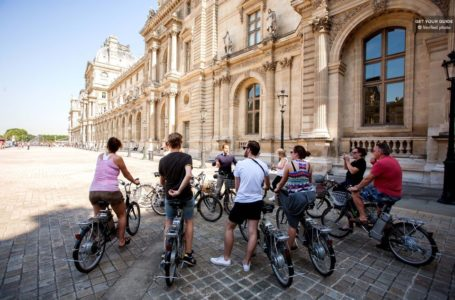 electric bike tour in Paris