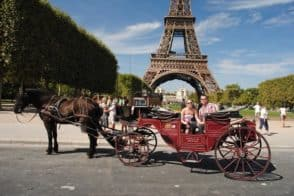 romantichorse carriage paris