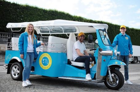 Tuk Tuk tour Paris