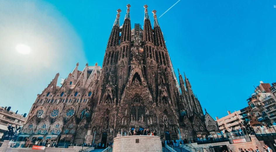 Find the best Ticket, Attractions & Specialty Tours in Barcelona