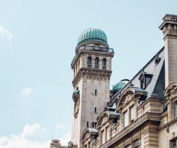 Sorbonne building paris picture